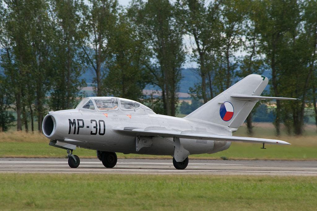MiG-15 UTI