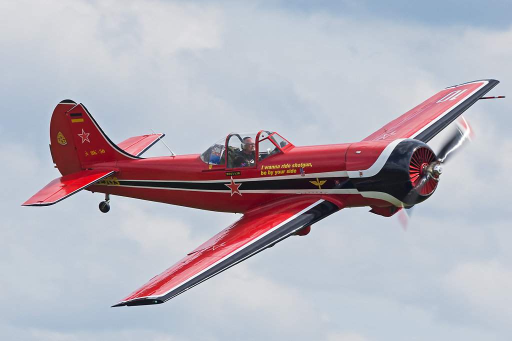 Jak-50